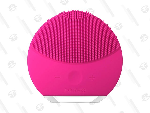 Take Advantage of Big Savings on the Tiny, But Powerful FOREO LUNA Mini 2