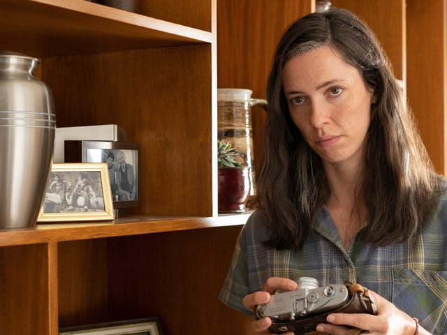Rebecca Hall and Jonathan Pryce shine in Amazon's poetic sci-fi fable Tales From The Loop
