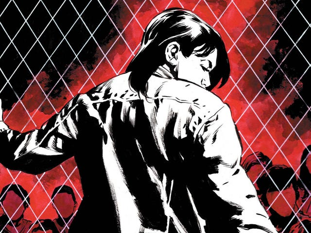 Lois Lane makes Batman her errand boy in this exclusive preview
