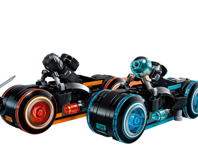 The Tron: Legacy Lego Ideas Set Looks So Good