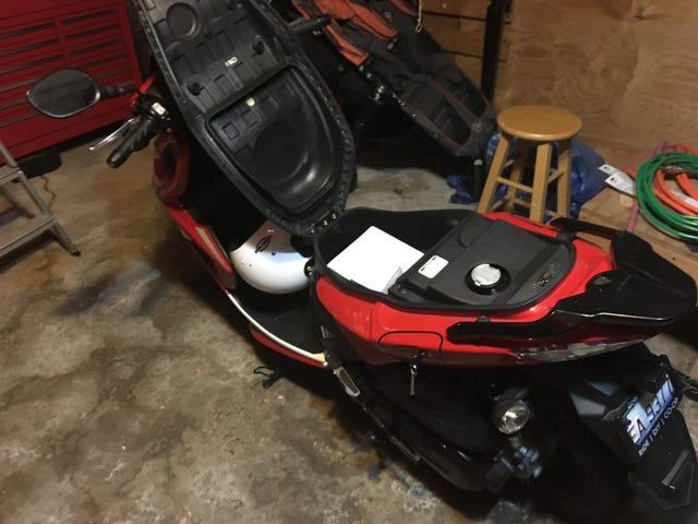 Denne scooteren drar virkelig posten.