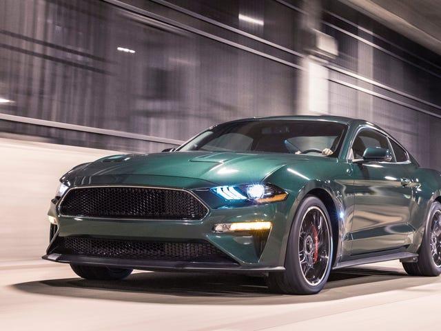 Suspect Breaks til forhandler Showroom, Steals 2019 Ford Mustang Bullitt ved å krasje det gjennom glassdører