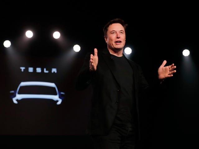 Thứ Elon Musk nói về xe hơi tự trị Tesla vào thứ hai, được xếp hạng
