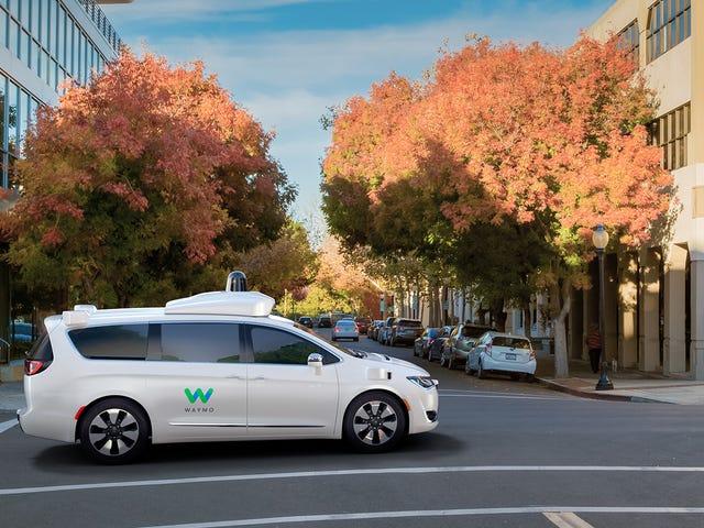 वेमो टीम्स अपनी सेल्फ-ड्राइविंग कारों में राइडर्स को कवर करने के लिए इंश्योरेंस स्टार्टअप के साथ
