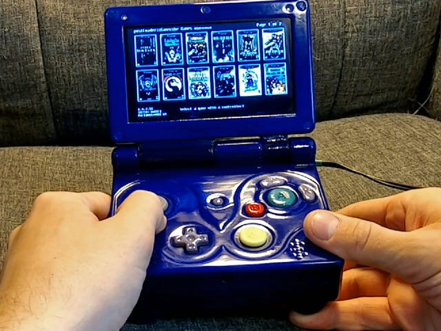 Bu Özel Jumbo Game Boy Advance'in İçine Dolu Bir Nintendo Wii Var