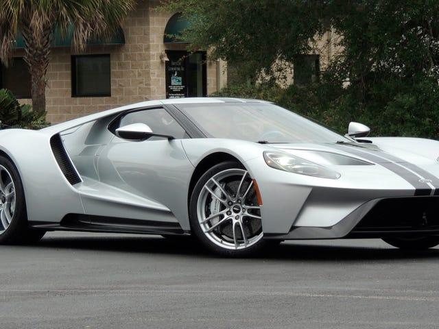 Mecum Auctions согласился не перепродавать новые Ford GT без благословения Ford