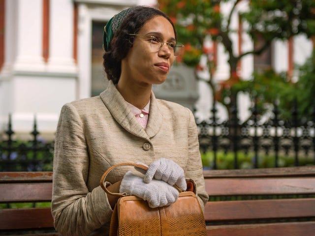 Một bác sĩ mạnh mẽ, người đảm bảo Rosa park là người hùng trong câu chuyện của chính cô