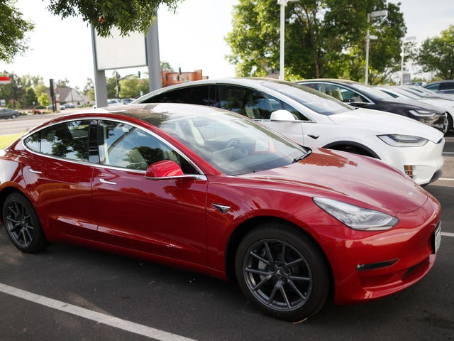 Tesla Leaker Is 'Looking Forward To The Lawsuit' Over Alleged Stolen Documents