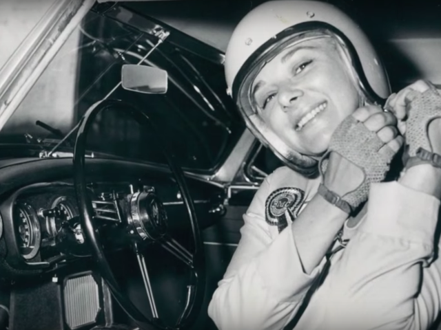 Donna Mae Mims fuhr beim letzten Cannonball Run eine Limousine und war die erste Frau, die eine SCCA-Meisterschaft gewann