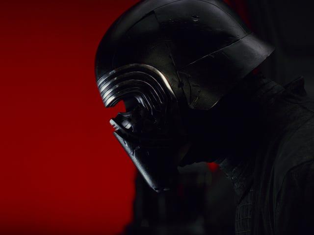 The Last Jedi tronrumskamp fungerar vackert med ganska mycket jävlig sång du kastar på den