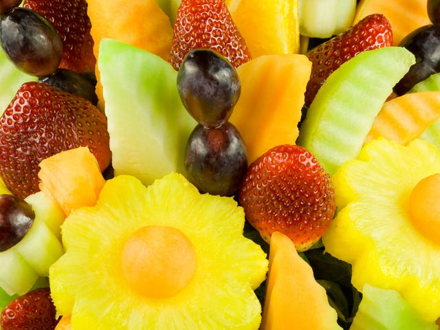 Edible Arrangements to America: Please buy our smoothies