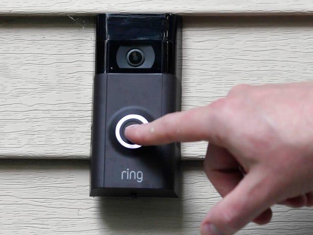 Rings säkerhetsuppdatering räcker inte, säger sen. Ron Wyden