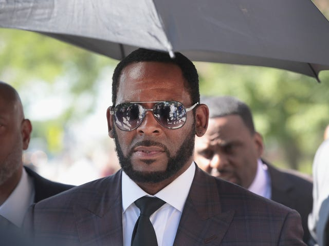 Your Wallet's Callin': R. Kelly Reportedly Wants to Tap Michael Jackson's Lawyer, Needs Many Extra Dollars