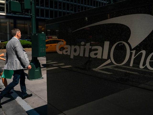 Capital One Really Dragged Its Ass on the Anti-Hack Stuff: Report