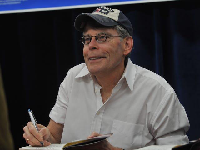 Stephen King membuat penampilan podcast langka untuk perbincangan The Stand