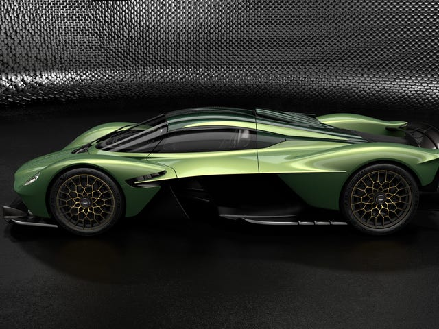 Der Aston Martin Valkyrie wird mit einer Reihe von Optionen und Gold, ja Gold, geliefert <em></em>