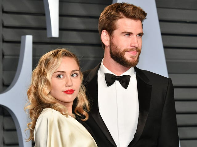 Crikey, Miley Cyrus and Liam Hemsworth Are (Reportedly) Expecting a Baby!