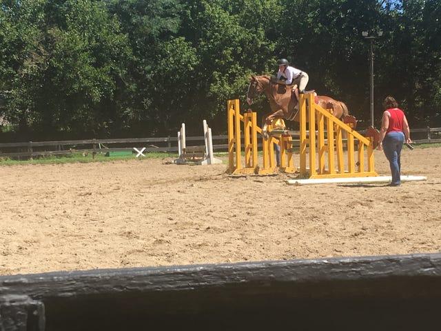 Nevøens første hesteshow.  UPDATE: han vant!