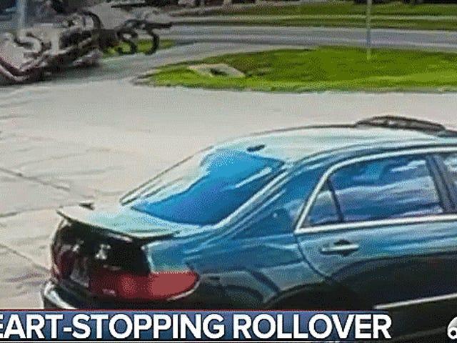 Πώς το Roll αυτό το αυτοκίνητο τόσους πολλούς χρόνους και πώς ο οδηγός του δεν πεθαίνει;