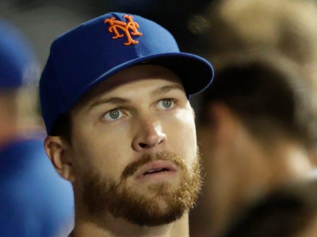 """I Mets hanno demolito la risonanza magnetica di Jacob deGrom sul suo gomito """"abbaiante"""" perché si sentiva bene dopo aver giocato a Catch"""