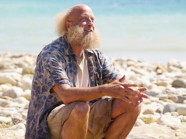 The gang finds Chris Elliott on a deserted island on The Last Man On Earth