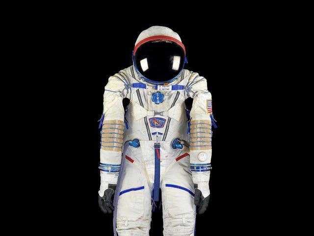 Tämä Awesome Vintage Astronaut Equipment on ylivoimainen halpa