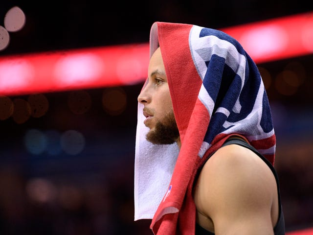 Steph Curry Will Miss At Least The Start Of The Playoffs