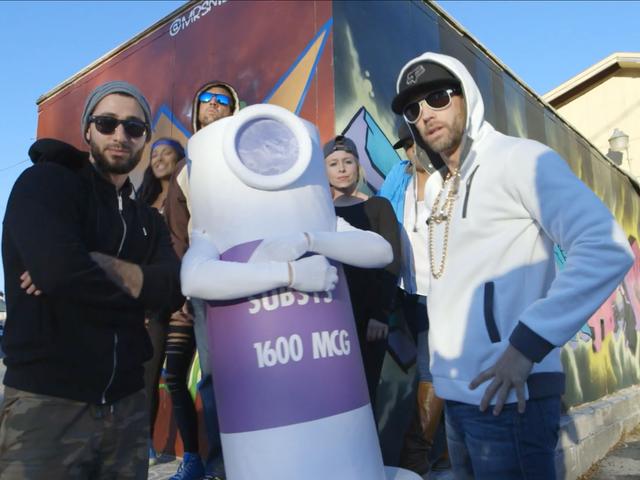 Peut-être que cette vidéo de rap au fentanyl réalisée par une société pharmaceutique n'était pas la meilleure apparence