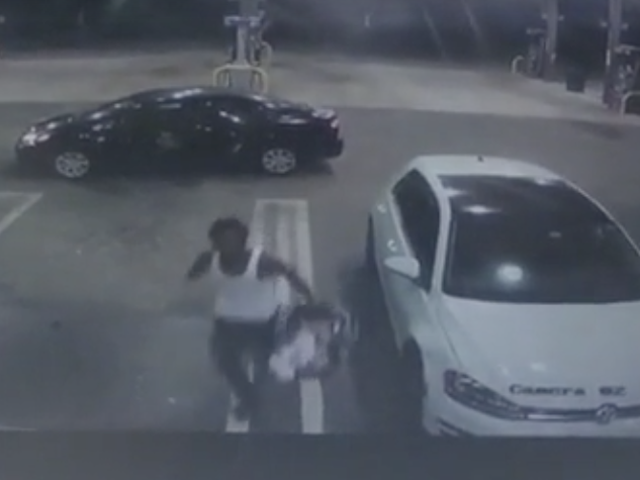 Florida Man Steals Car With Baby Still Inside, Then Drops Baby Off at Nearby Gas Station