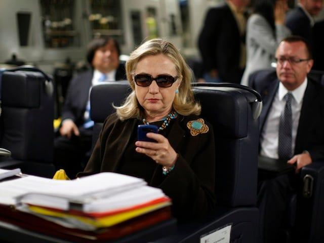 Flere Hillary Clinton Emails Udgivet Inklusive Moment Hun blev en Meme