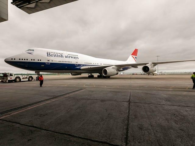 Fly the Flag on the Final BA Retro 747