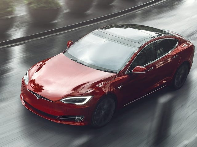Feds' Tesla Autosteer Safety Investigation Was Bullshit: Report