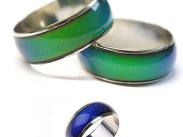 FREE CHANGING COLOR COUPLE RING