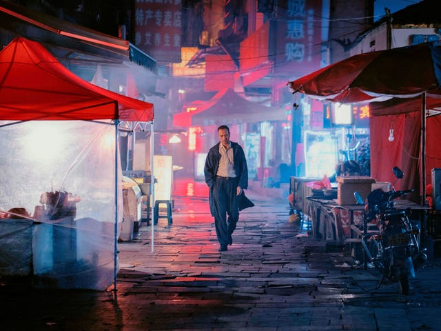 An hour-long 3D shot is just one beguiling attraction of the movie-drunk Long Day's Journey Into Night