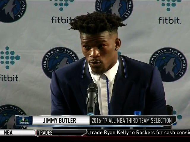 Jimmy Butler gir massene sitt nummer, forteller dem å ringe