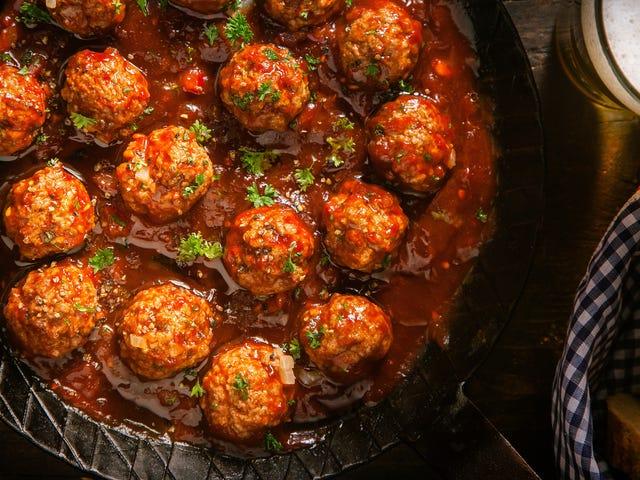Utilisez des oignons frits comme de la chapelure pour de meilleures boulettes de viande