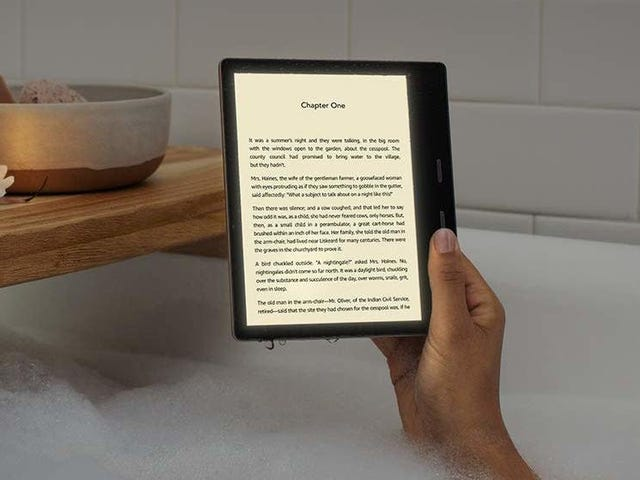 Amazon's New Kindle Oasis Is the First Kindle With Adjustable Color Temperature