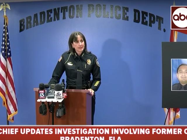 Florida Cop bị buộc tội sử dụng cơ sở dữ liệu cảnh sát để đón phụ nữ