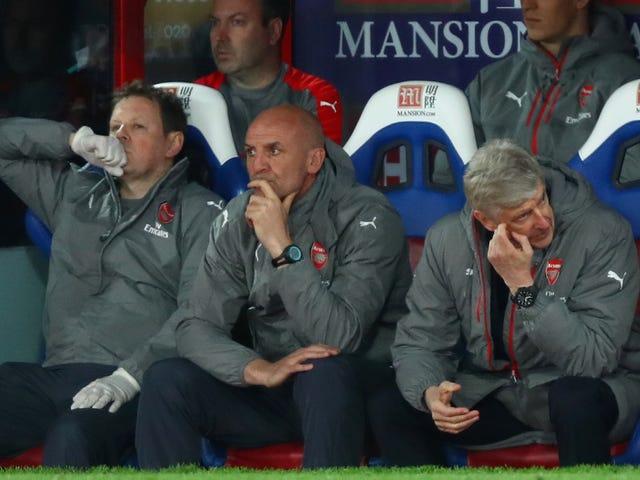 İlk 4'ten Düşmek Arsenal'e Değişim Getirmek İçin Yeterli mi?