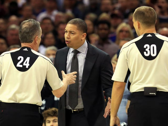 The Warriors Now Have A 3-1 Lead But Awful Officiating Is Not To Blame