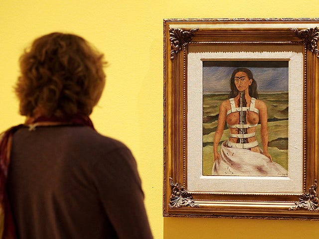 Sabtu Malam Sosial: Saya Hanya Akan Lihat Wajah Frida Kahlo Untuk Minit