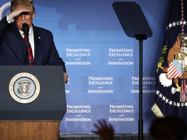 Pitch Cringe-Worthy Trump untuk Kepemimpinan HBCU: Saya yang Terbaik yang Pernah Anda Miliki