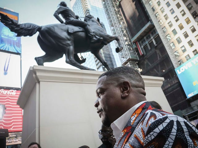In Yo' Face Like a Can of Mace: Kehinde Wiley Unveils Black Male Monument in Times Square