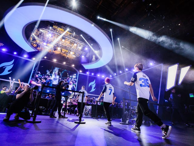 The Overwatch League's Dallas Fuel Keep Firing And Suspending People