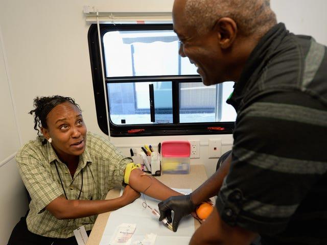 加利福尼亚州法律揭露艾滋病病毒携带者的性伴侣是一个轻罪:艾滋病流行结束的一大步
