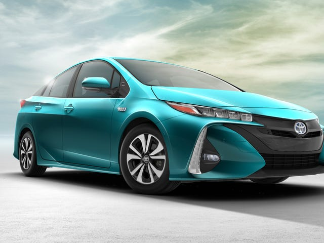 2017 Toyota Prius Prime: Will People Buy Toyota's Most Advanced Hybrid Ever?