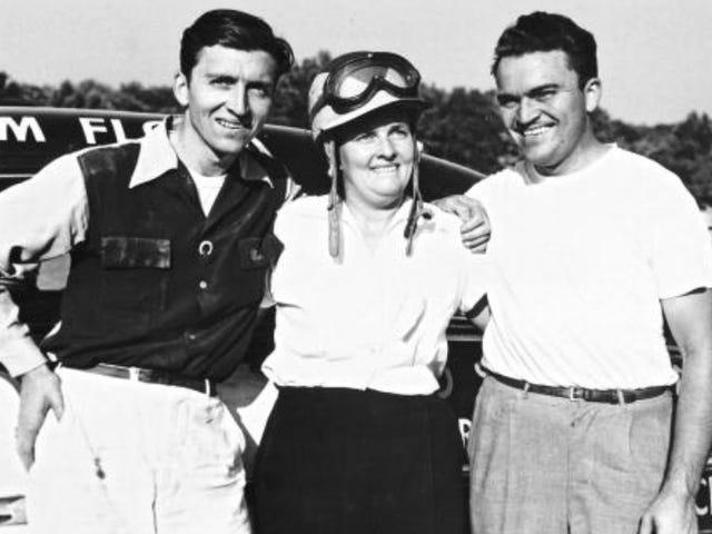 NASCARs Ethel Mobley beviste, at en lille søskendekonkurrence går langt