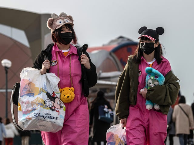 Disneyland, Legoland và Universal Studios Đóng tại Nhật Bản về sự bùng phát của coronavirus