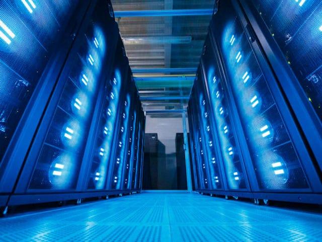 Hackers roban datos de más de 143 millones de personas en Estados Unidos de la agencia de créditos Equifax