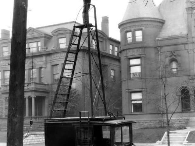 Byte av gatlampa, ca 1910